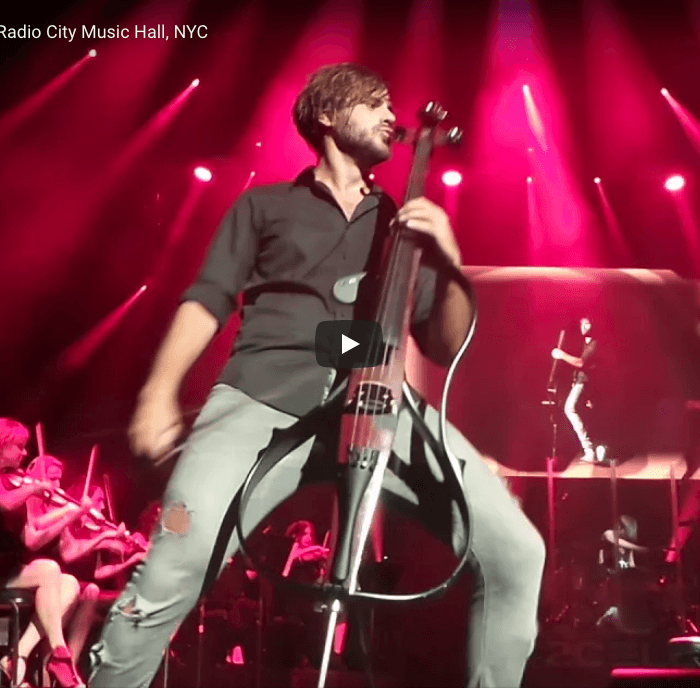 Back in Black LIVE 2Cellos 9-16-17 Radio City Music Hall, NYC